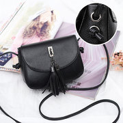 Women Vintage Solid Tassel Crossbody Bags Leisure Shoulder Bags